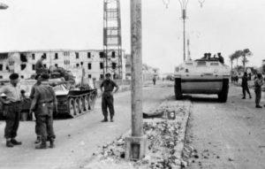 British_tanks_in_Port_Said