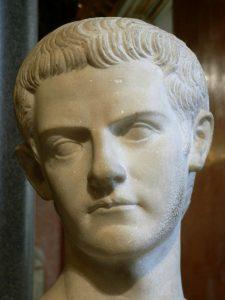 Caligula_02