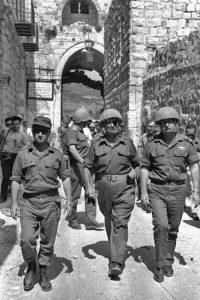 Flickr_-_Israel_Defense_Forces_-_Life_of_Lt._Gen._Yitzhak_Rabin,_7th_IDF_Chief_of_Staff_in_photos_(14)