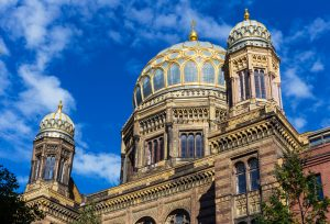 synagogue-berlin-shutterstock_320530037