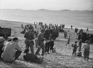 on_the_beach_near_algiers