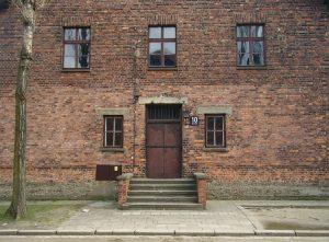 1024px-Auschwitz_Mengele_Block_10